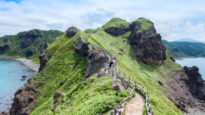 """Hokkaido Chosen as #1 by Lonely Planet for """"Best-in-Asia"""" Travel Destination!"""